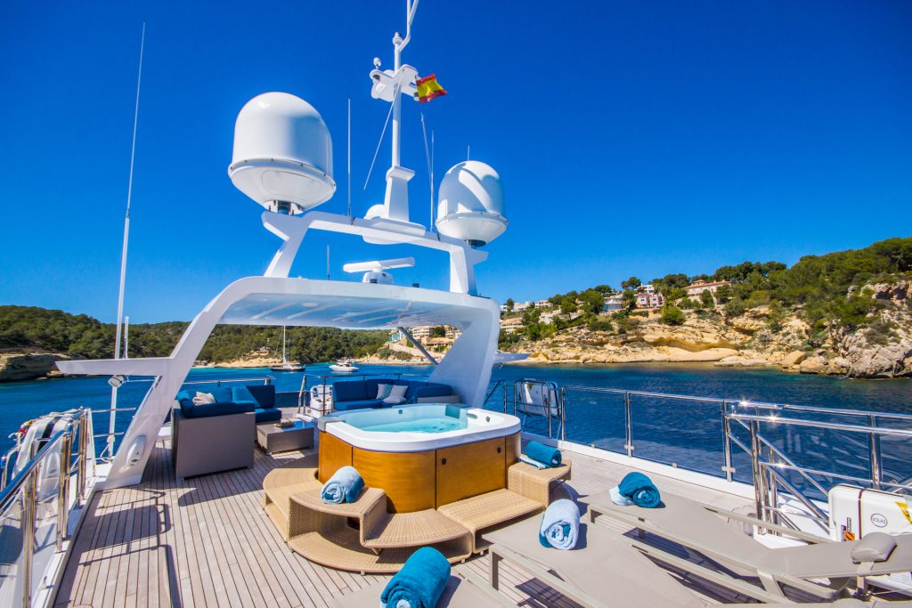 M/Y Incontatto Benetti Superyacht Sundeck Yakuzi Mallorca Photography Yacht Photographer Multicopter Yacht Photography Mallorca Ibiza Spain Drone