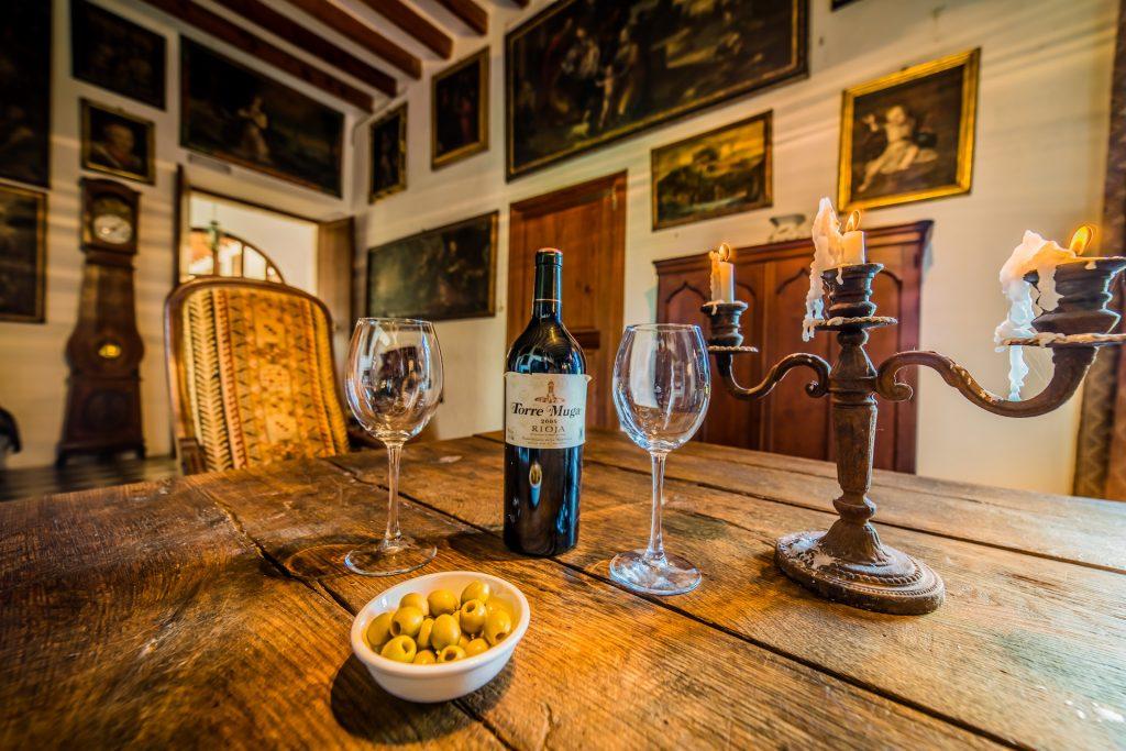 Son San Andreu Table High Quality Real Estate Photography Mallorca Ibiza
